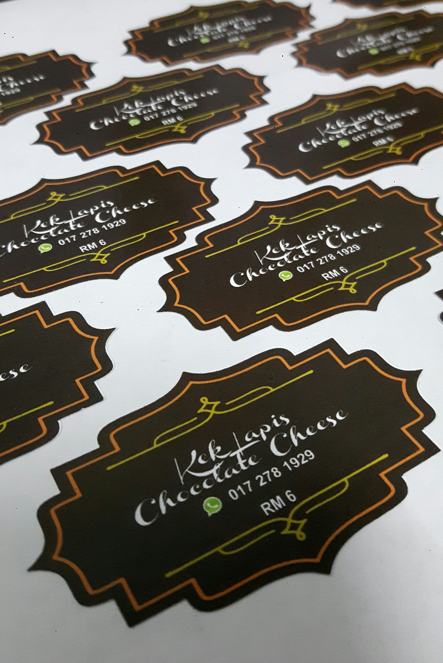 Custom Sticker Label Produk Makanan - Kek Lapis